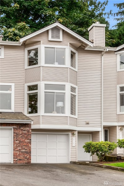 Issaquah Condo/Townhouse For Sale: 2103 NW Pacific Elm Dr