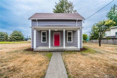 Ferndale Single Family Home For Sale: 5851 Cedar St