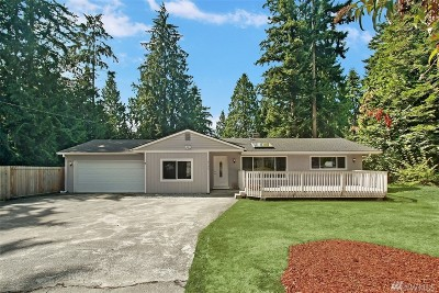 Edmonds Single Family Home For Sale: 4706 Picnic Point Rd