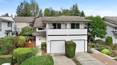 Renton Condo/Townhouse For Sale: 4108 NE 5th St