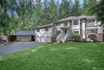 Woodinville Single Family Home For Sale: 17653 202nd Place NE