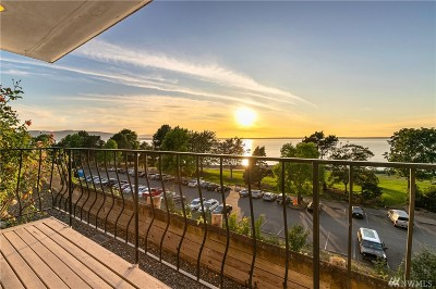 Bellingham Condo/Townhouse For Sale: 444 S State St #104