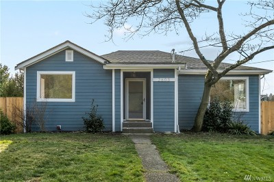 Seattle Single Family Home For Sale: 2603 NE 82nd St