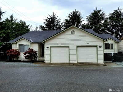 Anacortes Multi Family Home For Sale: 2117 21st St