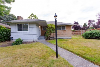 Burien Single Family Home For Sale: 2603 SW 116th St