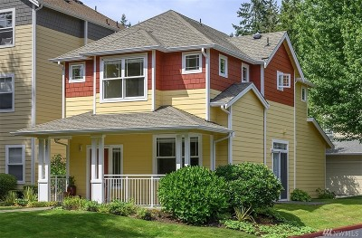 Sammamish Condo/Townhouse For Sale: 537 224th Place NE #19