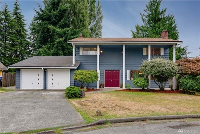 Pierce County, King County Single Family Home For Sale: 2315 N 159th St