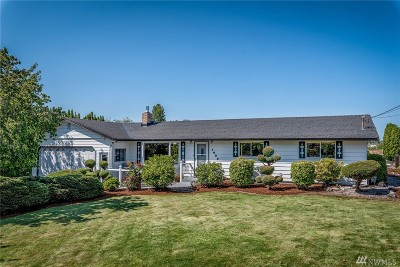 Bellingham Single Family Home For Sale: 1608 Country Lane