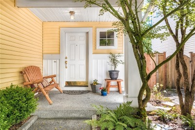 Maple Valley Single Family Home For Sale: 23711 SE 243rd Place