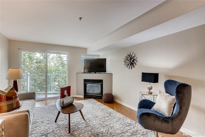 Seattle Condo/Townhouse For Sale: 3318 30th Ave SW #B203