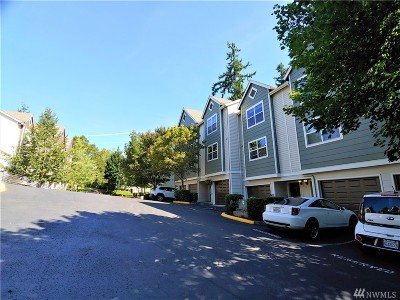 Lynnwood Condo/Townhouse For Sale: 3116 164 St SW #2004
