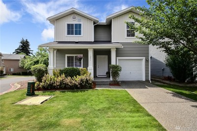 Lynnwood Condo/Townhouse For Sale: 1221 142nd St SW