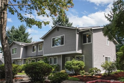 Bothell Condo/Townhouse For Sale: 1526 192nd St SE #H4