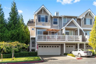 Issaquah Condo/Townhouse For Sale: 23120 SE Black Nugget Rd #A1