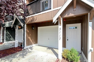 Tacoma Condo/Townhouse For Sale: 3117 S 45th