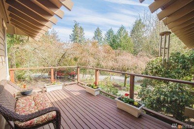 Bainbridge Island Single Family Home For Sale: 6583 NE Maple St