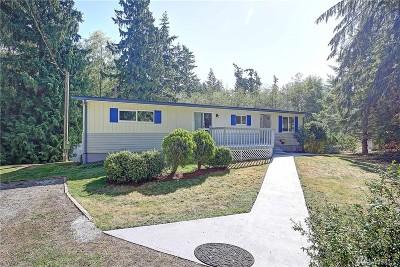 Camano Island Single Family Home For Sale: 1679 Hemlock Dr