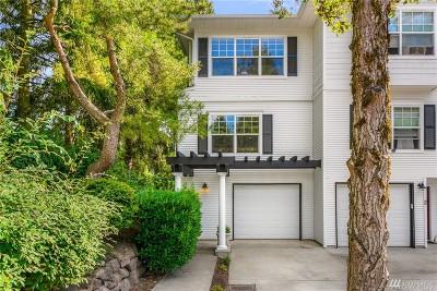 Bellevue Condo/Townhouse For Sale: 12607 SE 30th St #1