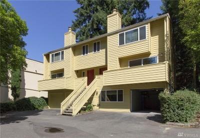 Bellevue Condo/Townhouse For Sale: 678 156th Ave NE