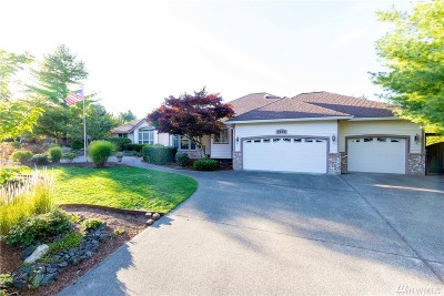 Olympia Single Family Home For Sale: 7235 Highlands Dr NE