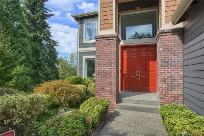 Snohomish County Single Family Home For Sale: 4405 SE 240th Place