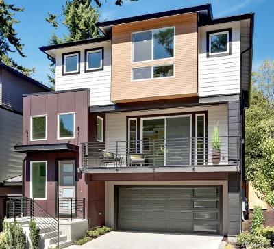 Newcastle Condo/Townhouse For Sale: 8204 136th Ave SE #18