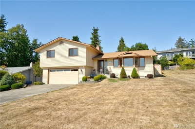 Anacortes Single Family Home For Sale: 5306 Sterling Dr