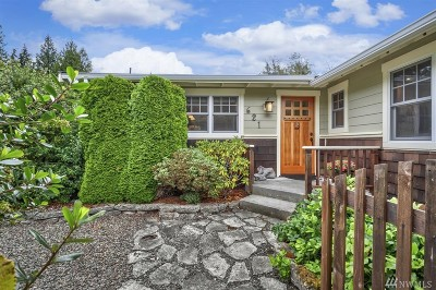 Port Ludlow Single Family Home Pending Inspection: 621 Montgomery Lane