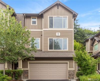 Snohomish Single Family Home For Sale: 1900 Weaver Rd #J104