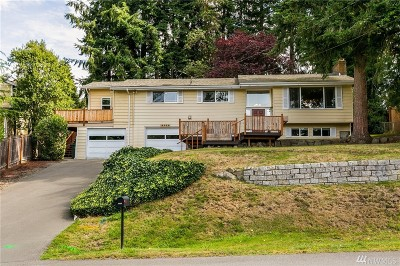 Edmonds Single Family Home For Sale: 18229 Homeview Dr