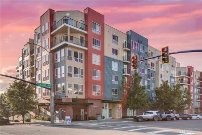 Everett Condo/Townhouse For Sale: 2824 Grand Ave #A308