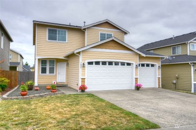 Spanaway Single Family Home For Sale: 1825 198th St E