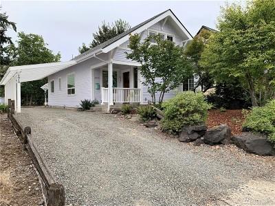 Centralia Single Family Home For Sale: 1010 W Walnut St