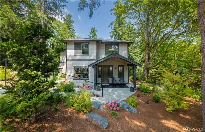 Lake Forest Park Single Family Home For Sale: 3556 NE 162nd St