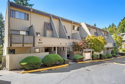 Redmond Condo/Townhouse For Sale: 8839 166th Ave NE #C-101