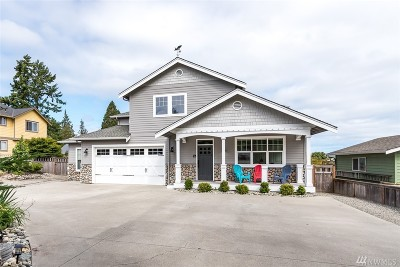 Anacortes Single Family Home For Sale: 1512 38th St