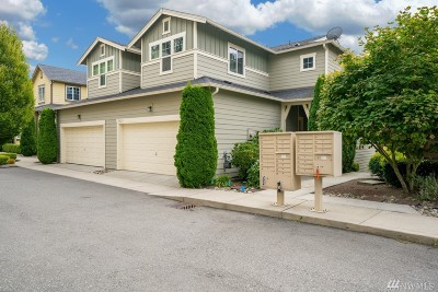 Bothell Condo/Townhouse For Sale: 10629 Ross Rd #B