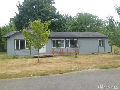 Winlock Single Family Home For Sale: 1112 SE Front St