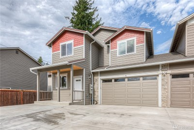 Everett Condo/Townhouse For Sale: 10531 Washington Wy #A