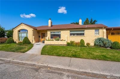Centralia Single Family Home For Sale: 417 W Hanson St