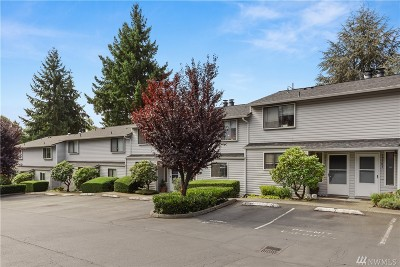 Bellevue Condo/Townhouse For Sale: 12505 SE 30th St #2511