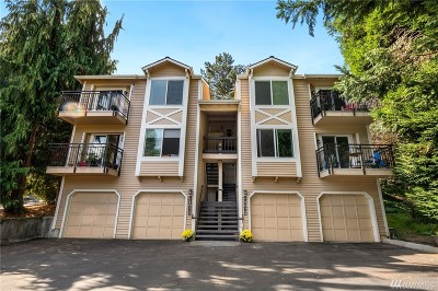 Woodinville Condo/Townhouse For Sale: 17105 127th Place NE