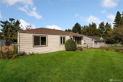 Shoreline Single Family Home For Sale: 828 NE 188th St