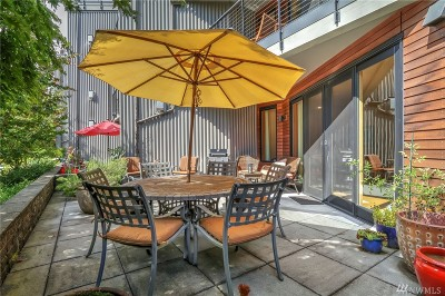 Bainbridge Island Condo/Townhouse For Sale: 620 Vineyard Lane #B 104