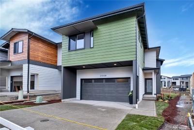 Black Diamond, Maple Valley, Covington, Kent, Auburn Single Family Home For Sale: 25028 122nd Wy SE