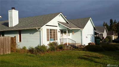 Stanwood Single Family Home For Sale: 27345 Country Place NW