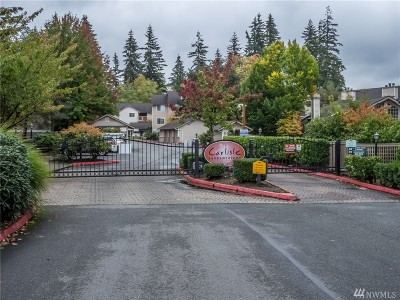 Everett Condo/Townhouse For Sale: 11527 Highway 99 #C102
