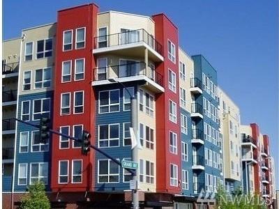 Everett WA Condo/Townhouse For Sale: $210,000