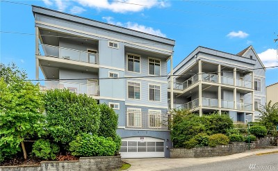 Whatcom County Condo/Townhouse For Sale: 910 Gladstone St #307