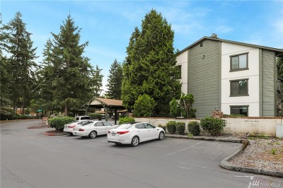 Kirkland Condo/Townhouse For Sale: 12904 126th Ct NE #J104